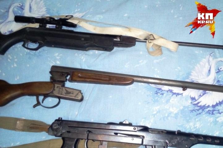 ВКурской области ууголовника изъяли арсенал оружия