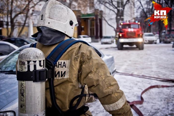 ВЕкатеринбурге зажегся многоквартирный дом. Один человек умер
