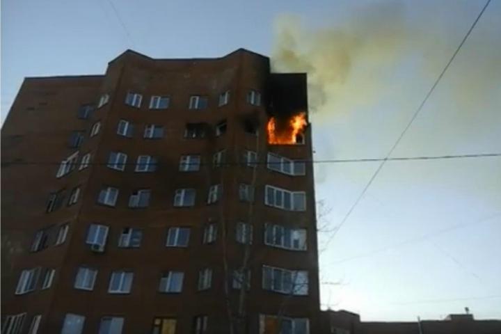 ВУфе загорелась квартира навосьмом этаже многоквартирного дома