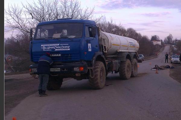 ВРязанской области мопед влетел в фургон