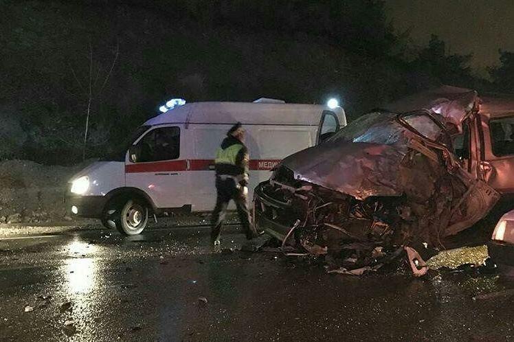 ВГеленджике вДТП навстречке умер шофёр легковушки