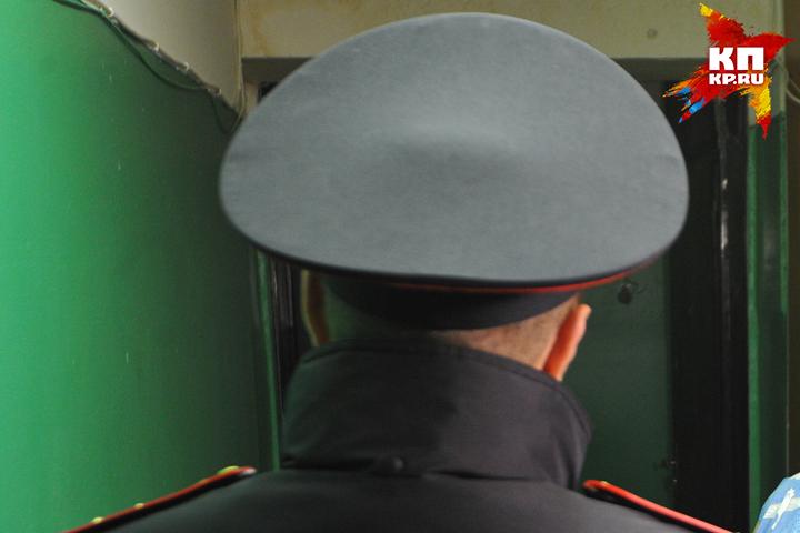 Гражданин Трубчевского района ударил кулаком влицо полицейскому иударился вбега