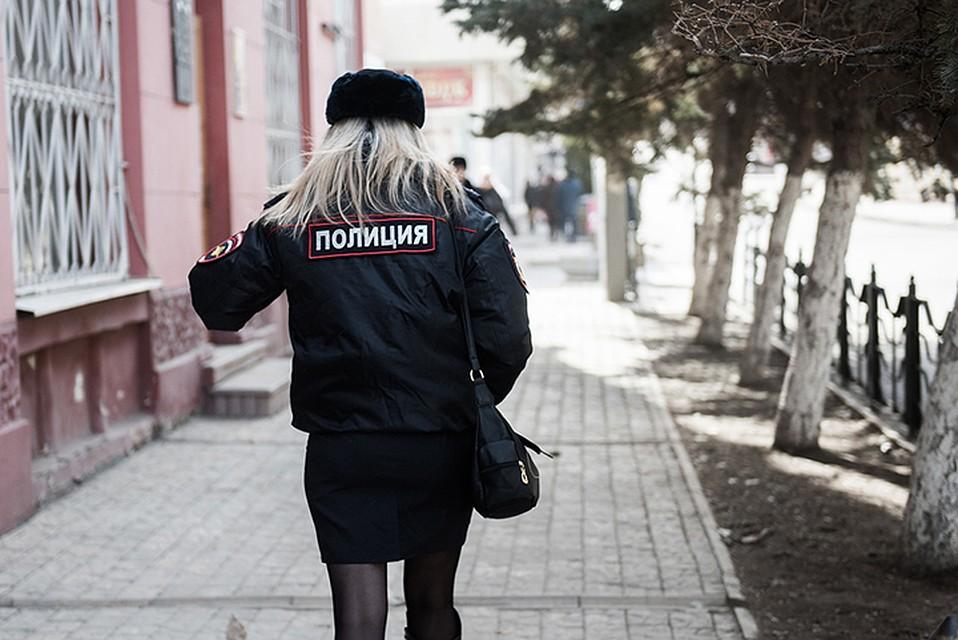Девушка изХанты-Мансийска вАстрахани материлась исбывала наркотики