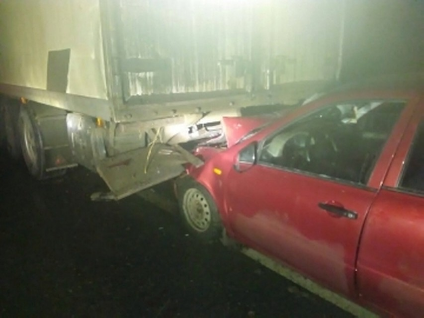 ВСтавропольском районе «легковушка» врезалась в грузовой автомобиль. Пострадали 4 человека