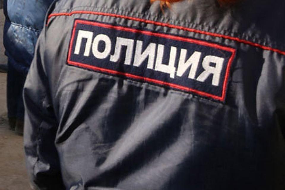 Студентов юрфака СПбГУ эвакуировали из-за подозрительного пакета