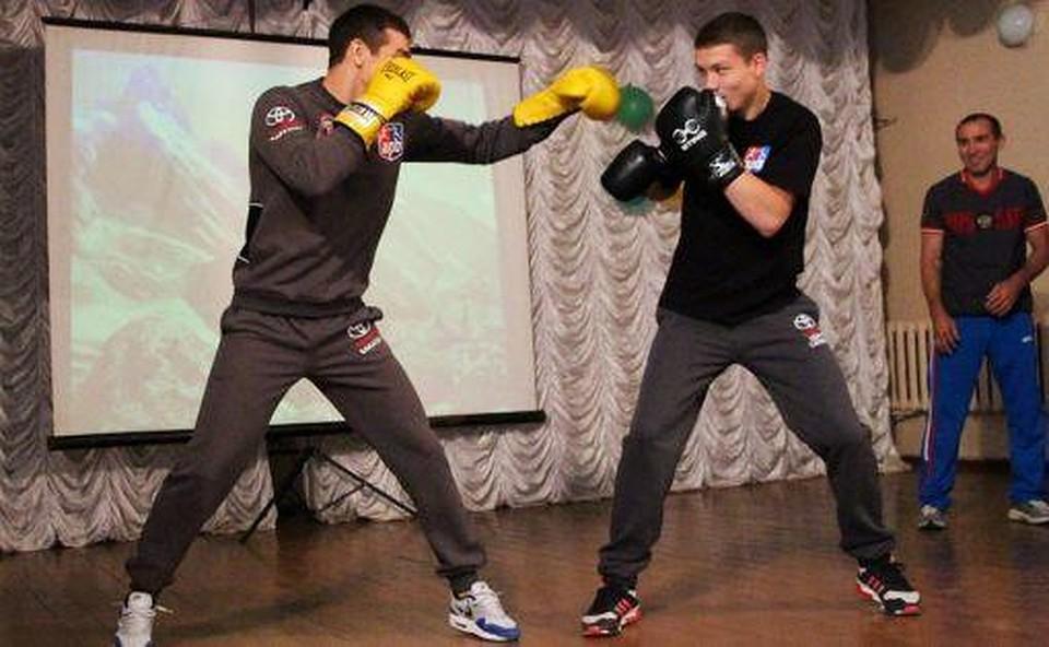 Брат Артема Чеботарева одержал победу  всероссийский турнир побоксу
