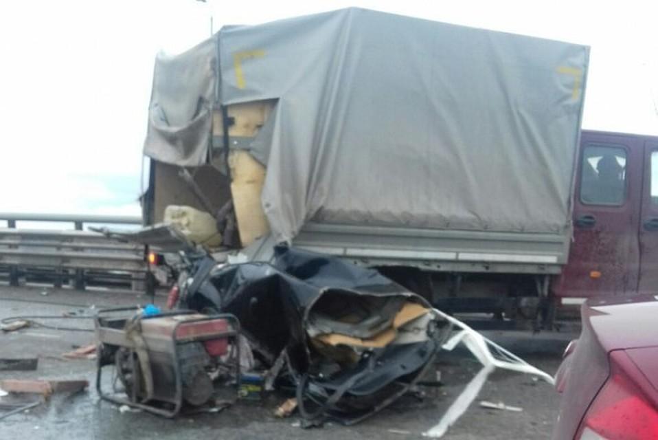 НаКрасавинском мосту вДТП умер дорожный рабочий и шофёр джипа