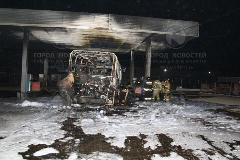 ВНовокузнецке наАЗС сгорел автобус