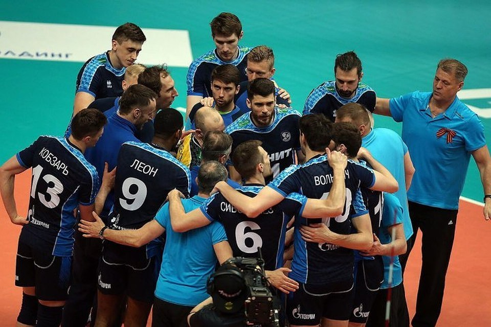 Сегодня казанский «Зенит» сыграет вполуфинале чемпионата Российской Федерации поволейболу