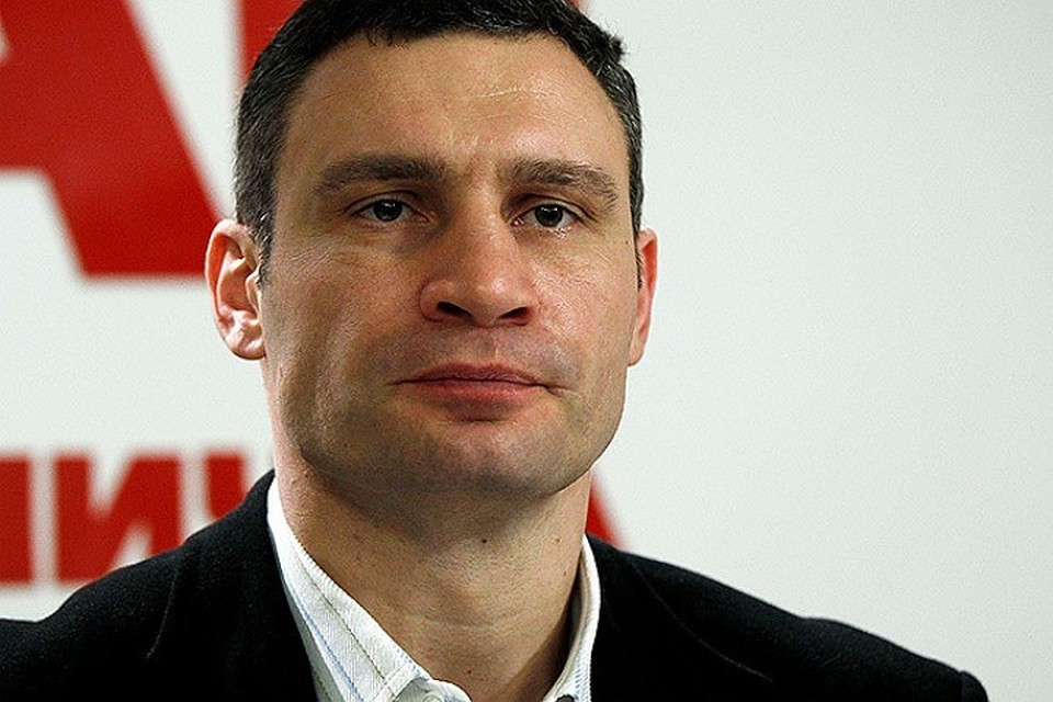 Кличко станцевал для волонтеров «Евровидения» под Бритни Спирс