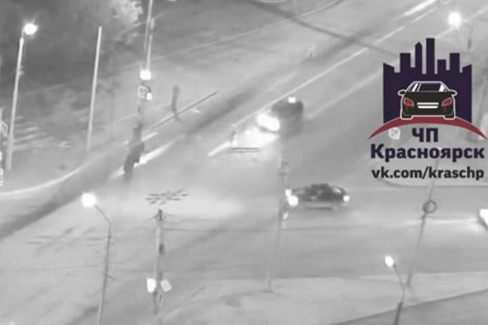 ВКрасноярске задержали водителя, который сбил девушку иуехал