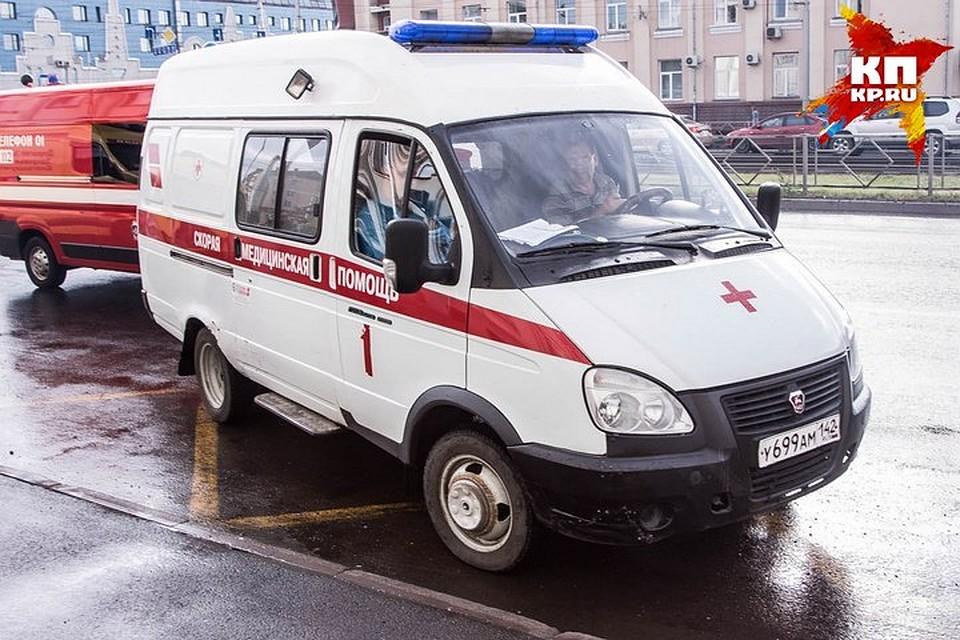 Двухлетний парень выпал изокна навтором этаже вКемерове
