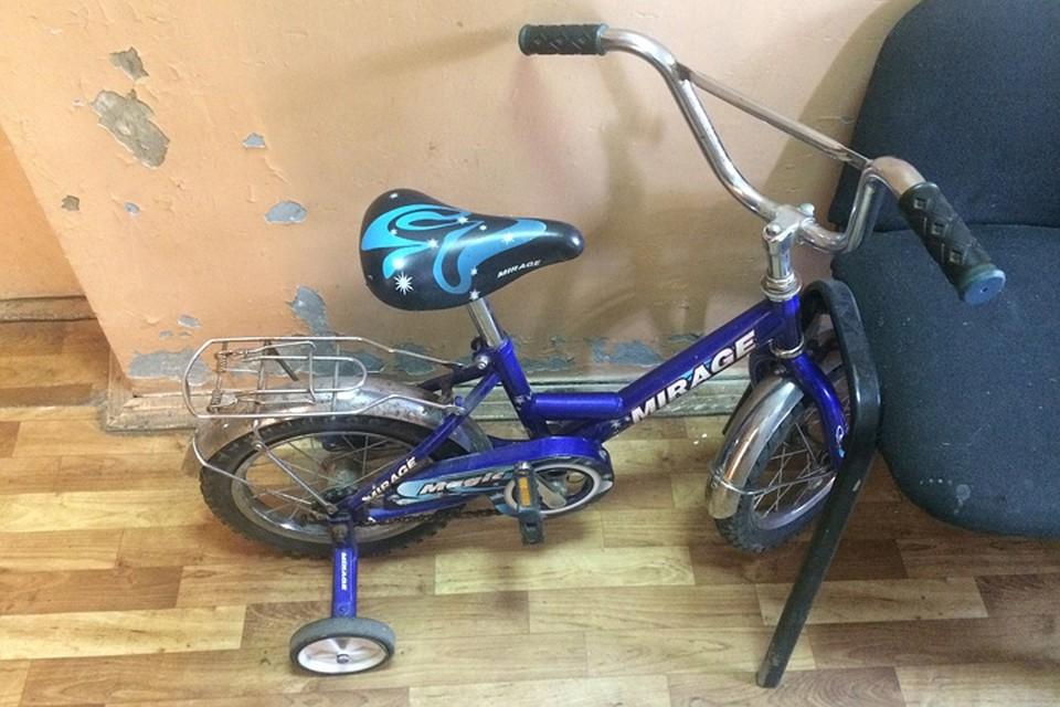 Брянские полицейские вернули украденный велосипед дотого, как обнаружили его пропажу