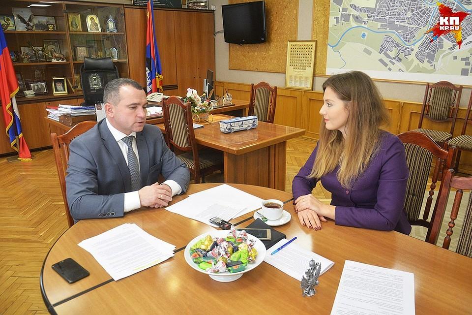 Андрей Усиков написал объявление наувольнение