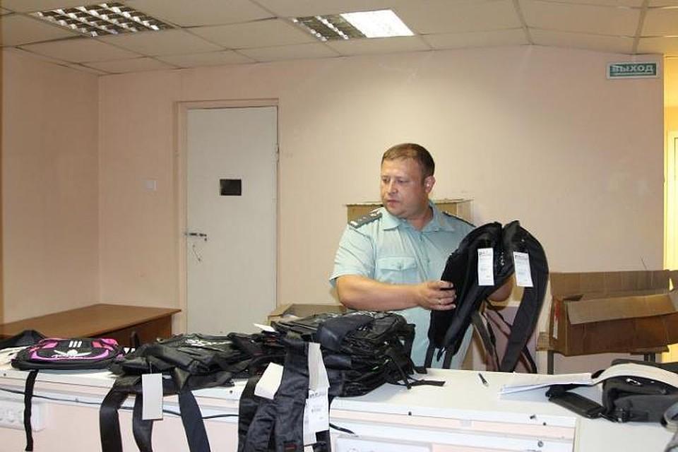 ВТомске уничтожат неменее 70 контрафактных детских туфель, арестованных приставами