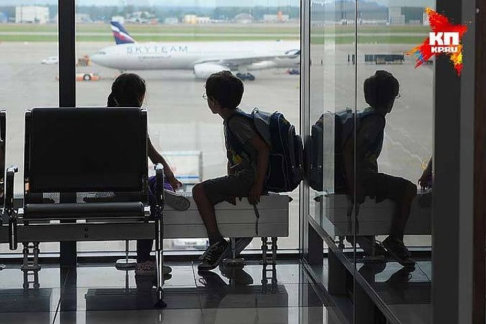 Пассажиры рейса Петербург— Бургас вторые сутки немогут улететь изПулково
