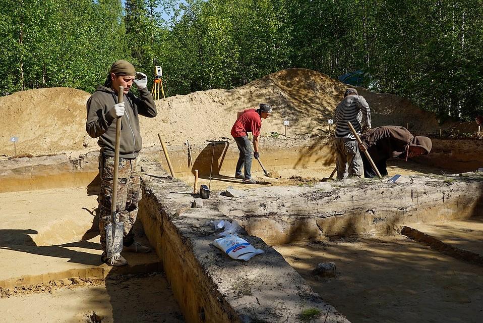 Археологи обнаружили вСалехарде могилу старинного рыбака
