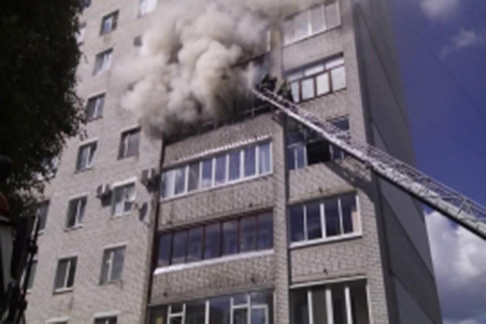 ВБрянске наСтанке Димитрова изгорящей многоэтажки спасли 8 человек