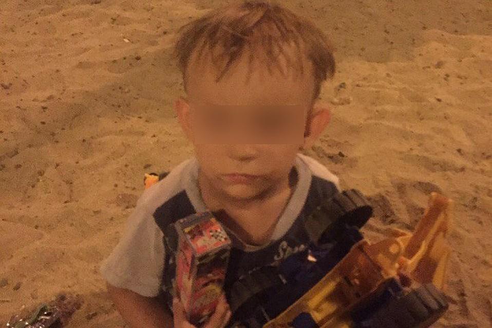 ВВолгограде разыскиваются родители забытого впесочнице 4-летнего ребенка