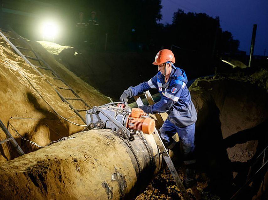 Гражданин Прикамья отсудил три млн. руб. занефтепровод, проложенный через его участок
