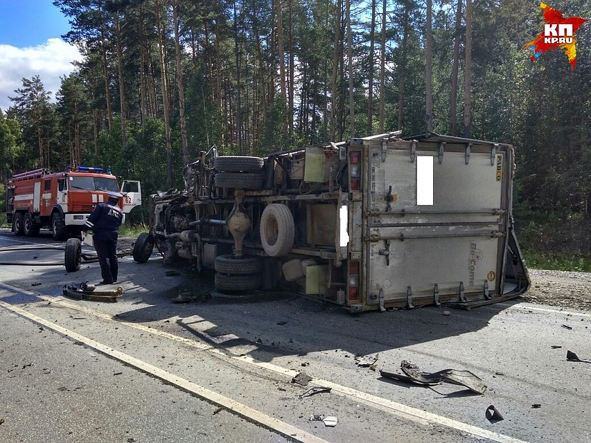НаЕКАД в трагедии сучастием фургона умер шофёр Киа Sorento