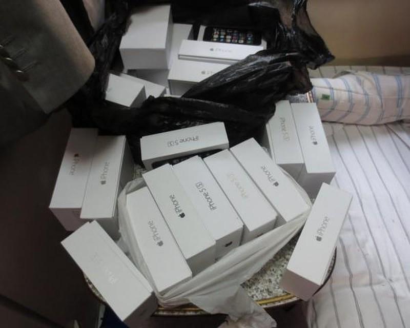 25 поддельных iPhone изъяли пограничники упроводника поезда вСочи
