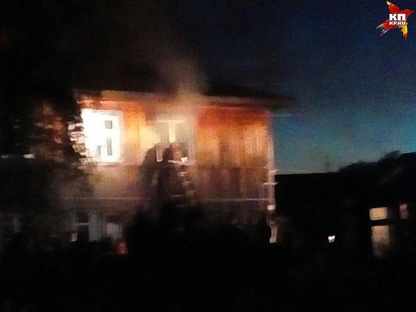 «Вогненной ловушке»: вСерове полыхал дом