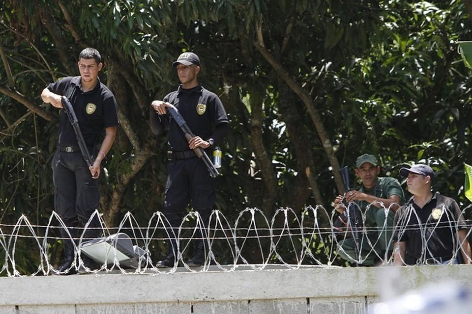 Поменьшей мере 37 заключенных погибли в итоге подавления тюремного бунта вВенесуэле