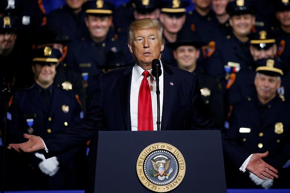 Трамп рассчитывает, что протесты объединят США