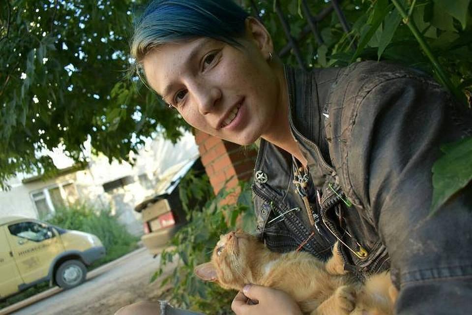 Девушка сзелеными волосами пропала без вести подороге вКраснодарский край