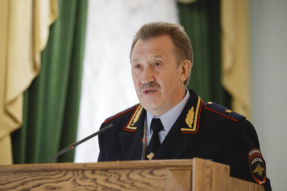 Нового начальника Управления МВД РФ поБелгородской области представили личному составу
