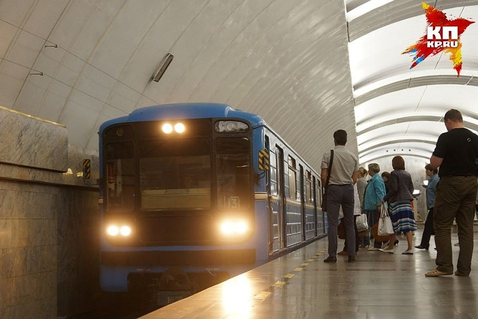 На «фиолетовой» линии московского метро произошел сбой