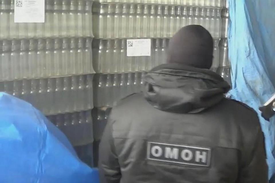 Группу торговцев поддельной водкой и«Боярышником» судят вПриангарье