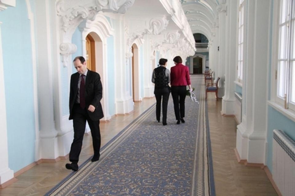 Навальный подаст всуд наСмольный
