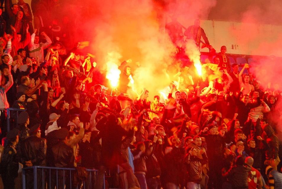 Футболистов «Уфы» эвакуировали из-за звонка обомбе