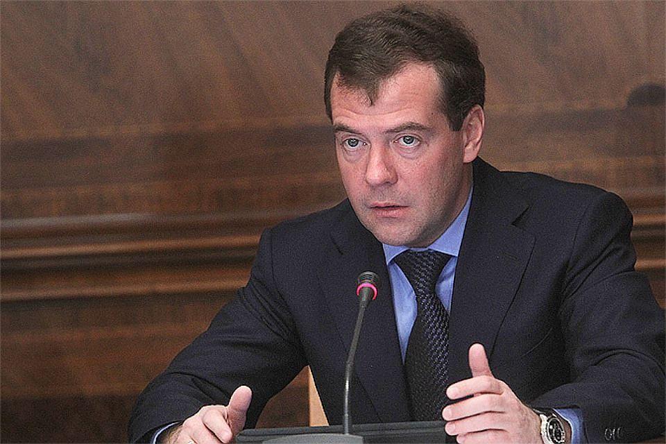 Медведев оценил результаты уборки урожая наюге Российской Федерации