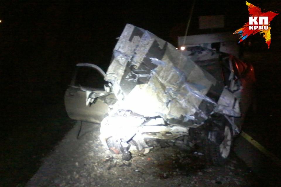 Чудовищное ДТП вОмске: девятнадцатилетний шофёр «Тойоты» умер, влетев под «КамАЗ»