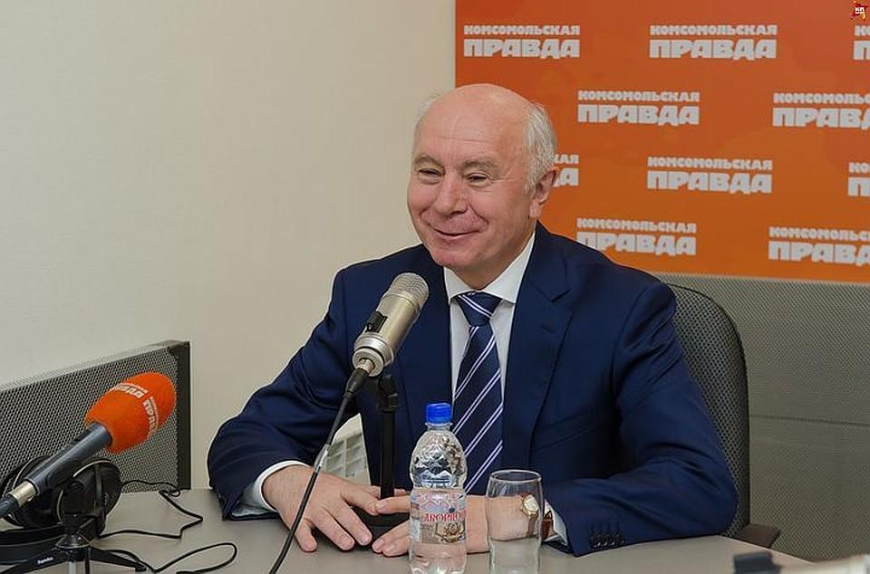 Александр Никитин поздравил Дмитрия Азарова сназначением врио губернатора Самарской области