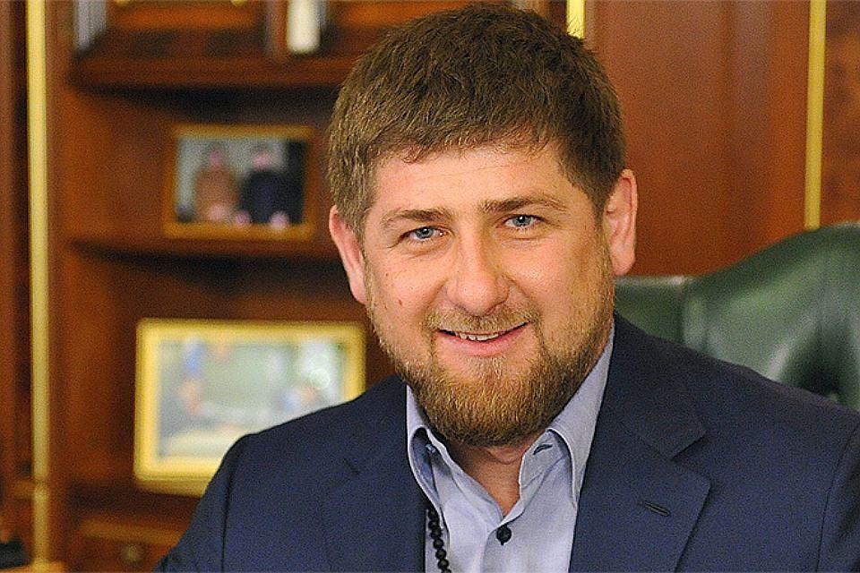 Рамзан Кадыров протестировал автобус МАЗ испортивный грузовой автомобиль вРеспублике Беларусь