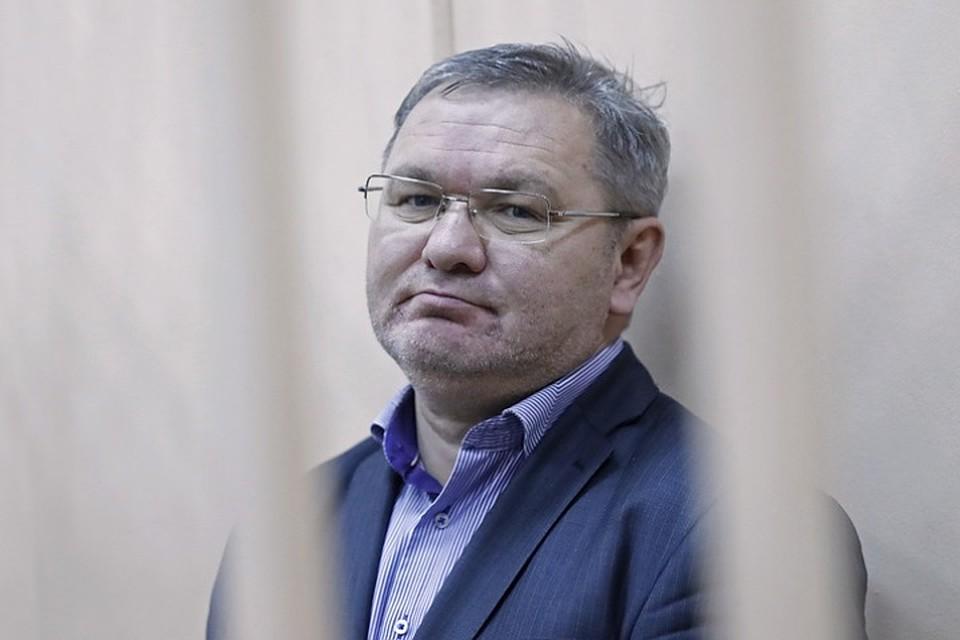 Гендиректора иглавного бухгалтера ВИМ-Авиа отправили под домашний арест