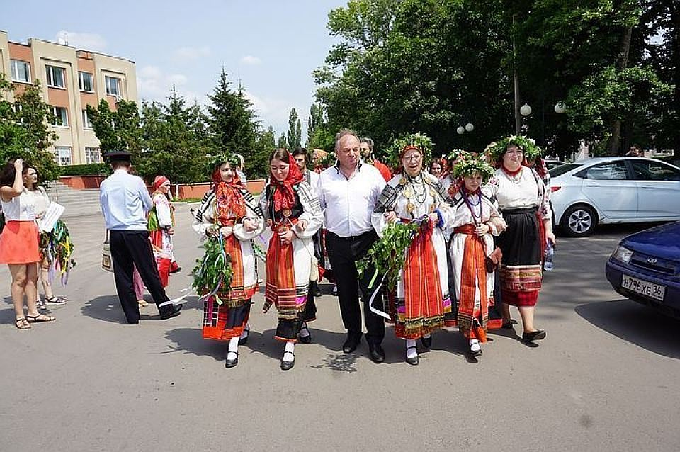 Воронежский суд отправил под домашний арест Овчинникову иКирееву