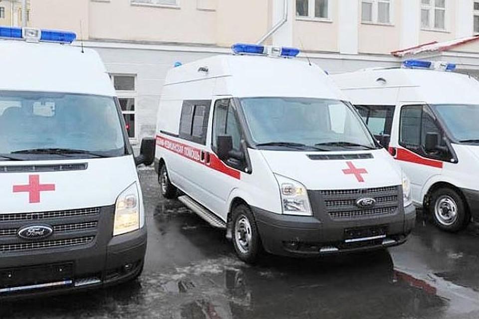 Медсотрудники спасают несовершеннолетнего после потасовки наСоюза Печатников