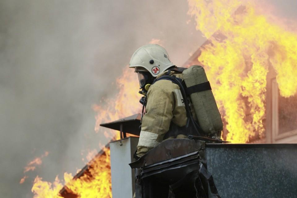 Изгорящего барака вХабаровске спасено 6 человек