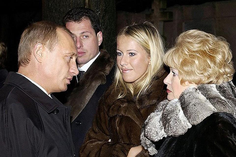 Ксения готовит фильм к 80-летию Анатолия Собчака а Владимир Путин много лет работал с ним бок о бок