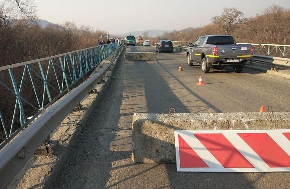 Врайоне провисшего моста вПриморье закрыто движение для большегрузов
