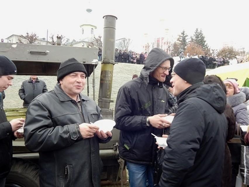 Жители России вплоть доэтого времени путают праздники 4 и7ноября