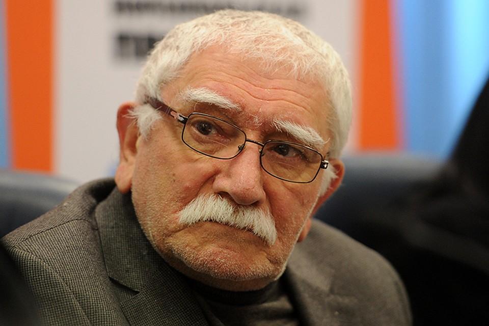 Против Андрея Малахова возбудили дело осъемке вкабинете Армена Джигарханяна