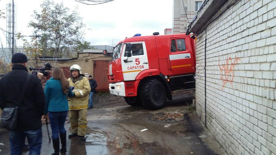 Саратовские пожарные несмогли проехать кновостройке из-за ошибки застройщика
