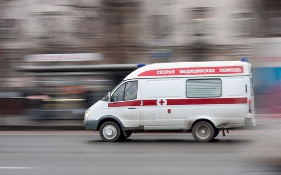 Пьяная петербургская школьница смолотком напала накондуктора автобуса