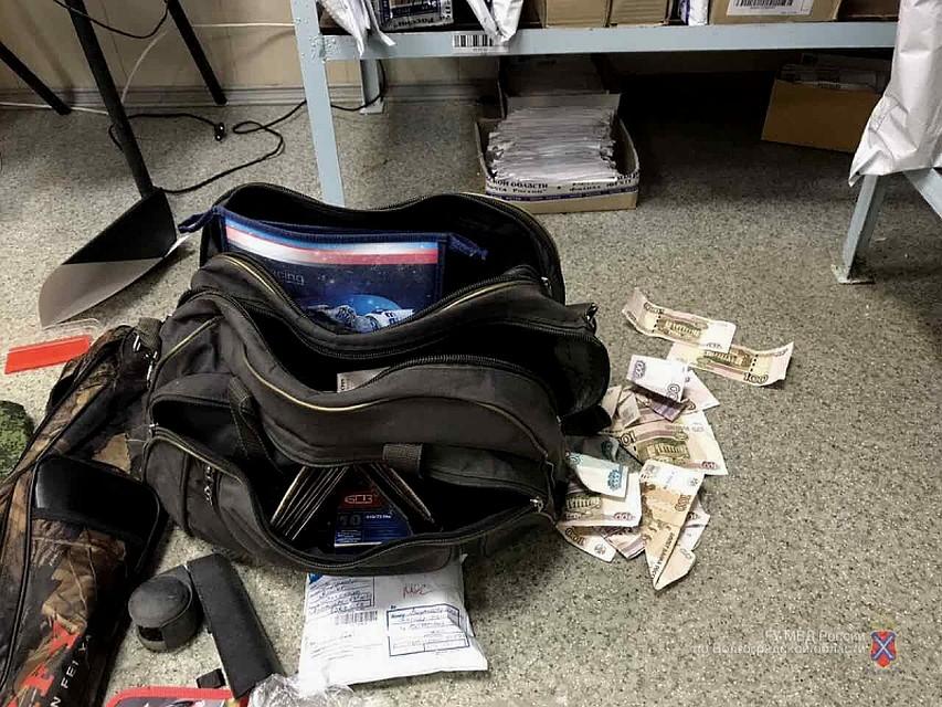 ВВолгоградской области задержали разбойника смуляжом гранаты икарабином